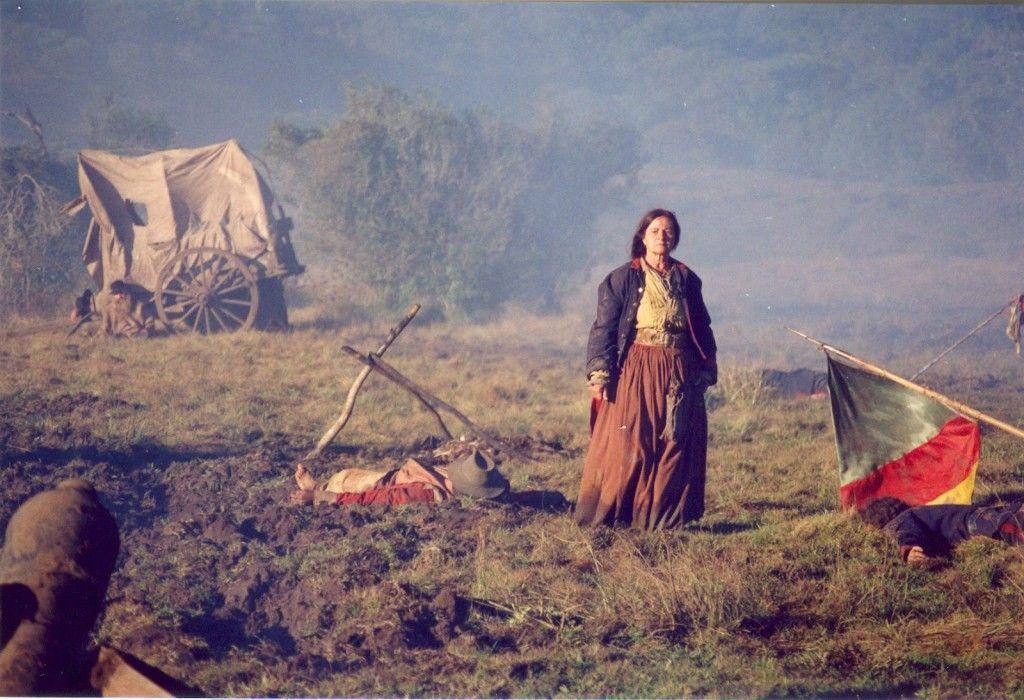 """Cena do filme """"Anahy de las missiones""""  que aborda de forma poética, dramática  e lúdica episódios lendários da Revolução Farroupilha. Foto: Reprodução."""