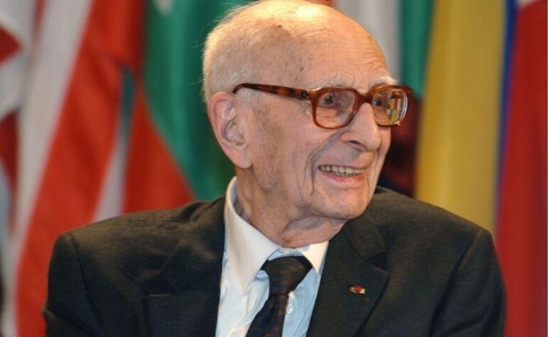 Fotografia de Lévi-Strauss em 2005.